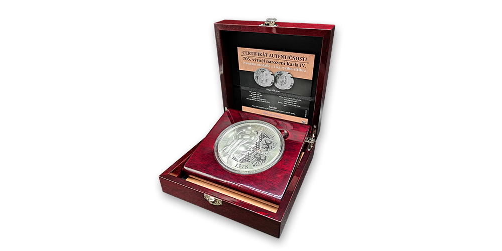 Výročná medaila z 1 kg striebra k 705. výročiu narodenia Karola IV.